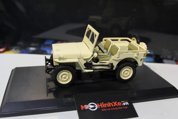 1945 Jeep Willys 1:18 Norev