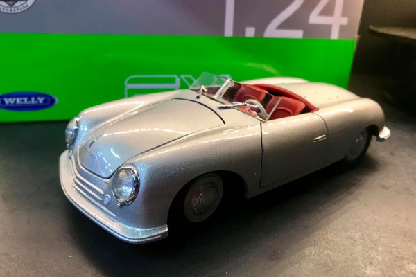 1948 Porsche 356 No. 1 Roadster 1:24 Welly-FX