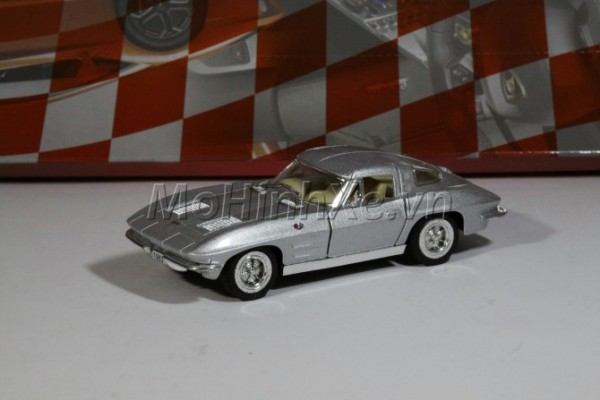 1963 Corvette Sting Ray 1:36 Kinsmart