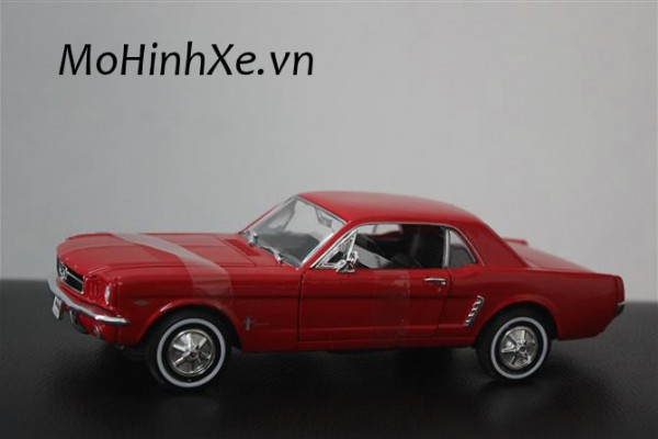 1964-1/2 Ford Mustang Coupe 1:24 Welly