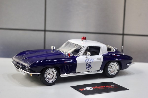 1965 Chevrolet Corvette Police 1:18 Maisto