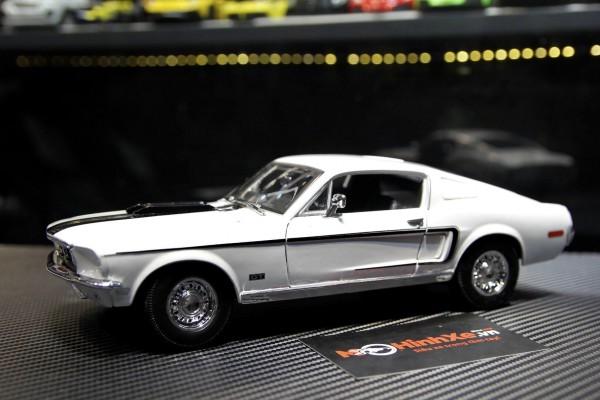 1968 Ford Mustang GT Cobra Jet 1:18 Maisto