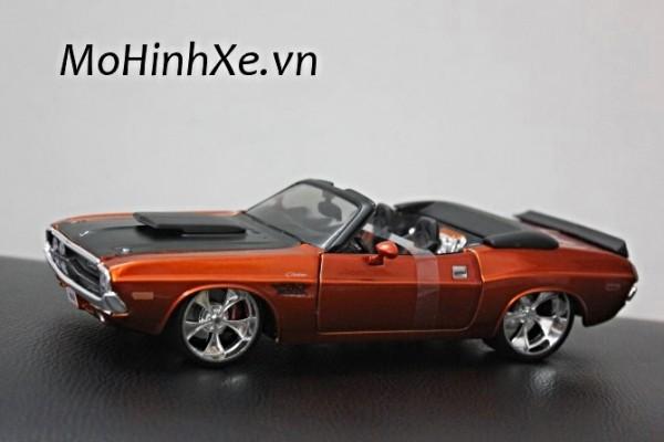 1970 Dodge Challenger R/T Convertible 1:24 Maisto