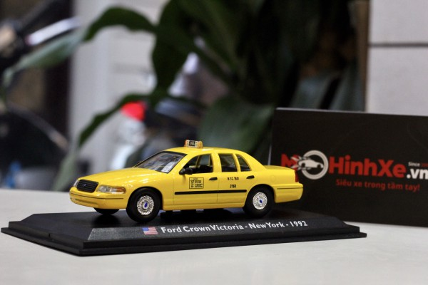 1992 Ford Crown Victoria - Taxi - New York - 1:43 LEO