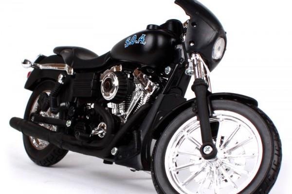 2006 Harley-Davidson FXDBI Dyna Street BOB 1:12 Maisto