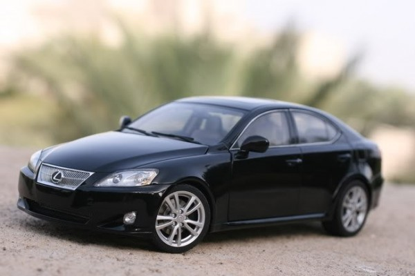 Lexus IS 350 1:18 AutoArt