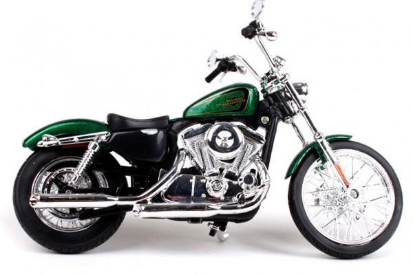 2013 Harley-Davidson XL 1200V Seventy-Two 1:12 Maisto