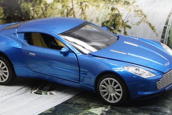 Aston Martin One-77 1:32 Hãng khác