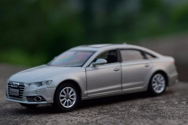 Audi A6L 1:32 Hãng khác