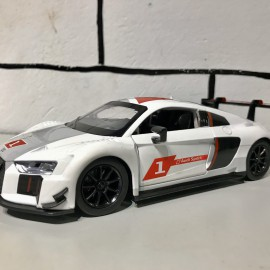 Audi R8 LMS 1:24 MSZ