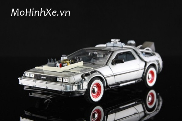 DeLorean Time Machine Back To The Future Phần 3 1:24 Welly