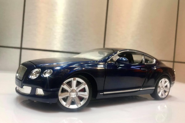 Bentley Continental GT W12 1:24 Double Horses