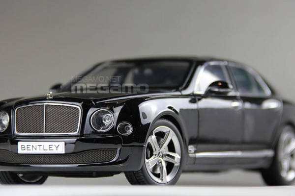 Bentley Mulsanne Speed (Onyx) 1:18 Kyosho