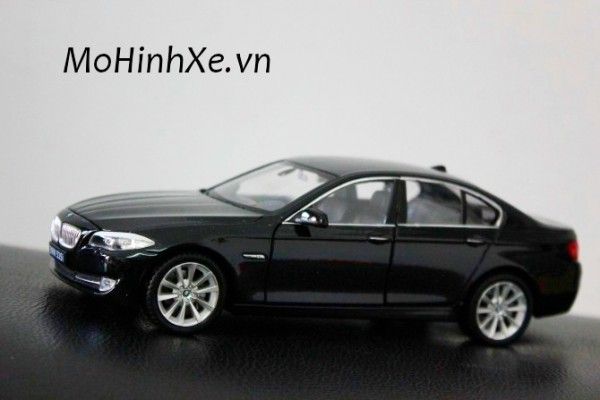 BMW 535i 1:24 Welly-FX