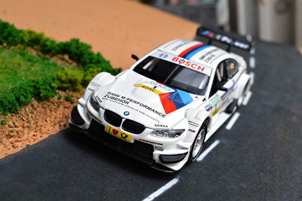 BMW M3 DTM No.1 1:32 MSZ