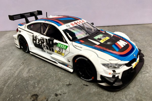 BMW M4 DTM No.31 1:24 MSZ