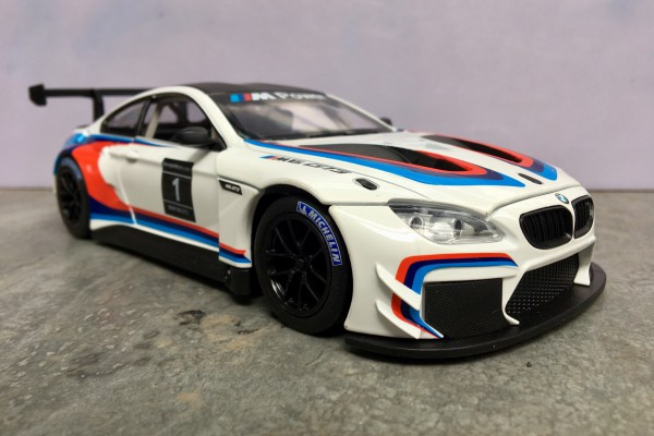 BMW M6 GT3 No.1 1:24 MSZ