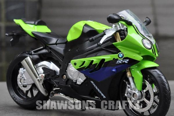 BMW S1000RR 1:12 MSZ