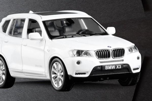 BMW X3 1:32 Sheng Hui