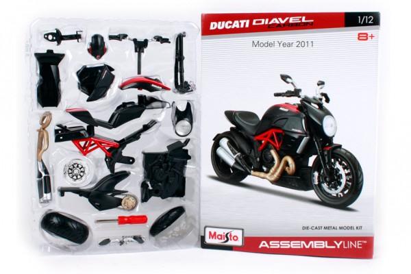 Bộ KIT Lắp ghép Ducati Diavel Carbon 1:12 Maisto