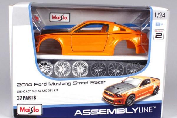 Bộ KIT Lắp ghép Ford Mustang Street Racer 2014 1:24 Maisto