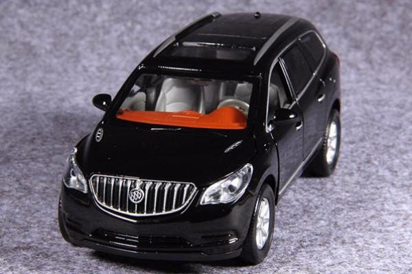Buick Enclave 1:32 MSZ