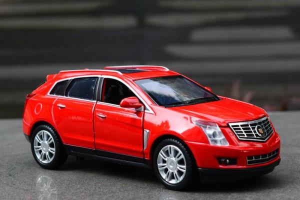 Cadillac SRX 1:32 Sheng Hui