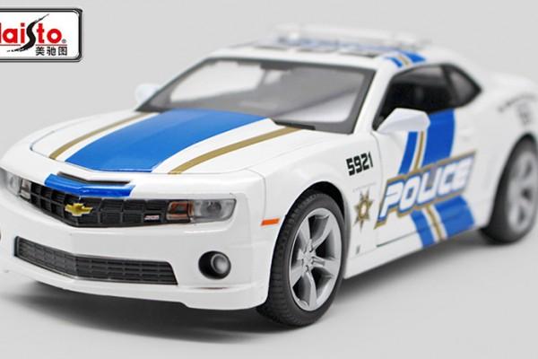 Chevrolet Camaro SS RS Police 1:24 Maisto