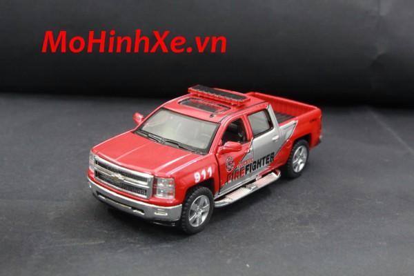 Chevrolet Silverado Firefighter 1:36 Kinsmart