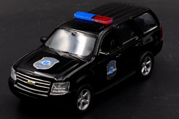 Chevrolet Tahoe 2008 Police 1:36 Welly