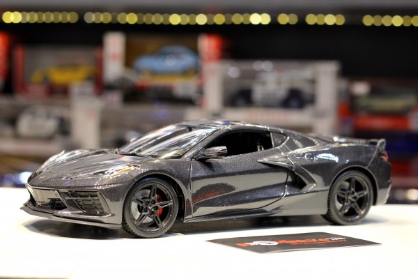 Corvette Stingray Coupe 2020 1:18 Maisto