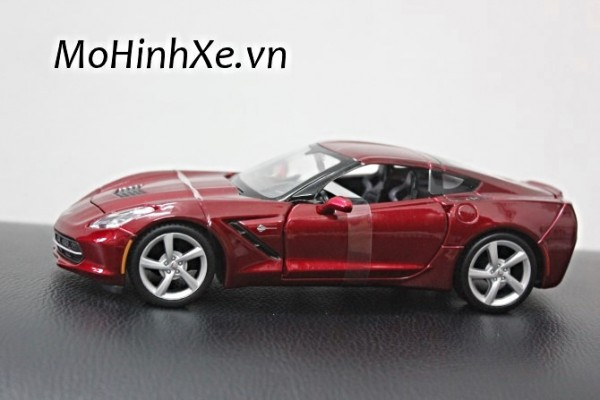 Corvette Stingray mui kín 1:24 Maisto