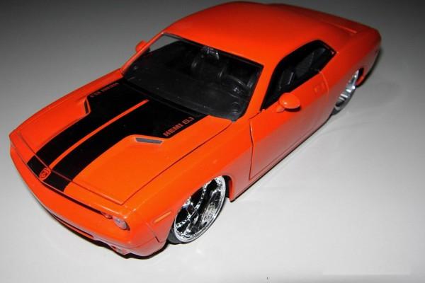 Dodge Challenger Concept 1:24 Jada