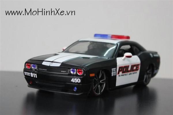 Dodge Challenger Police 1:24 Maisto