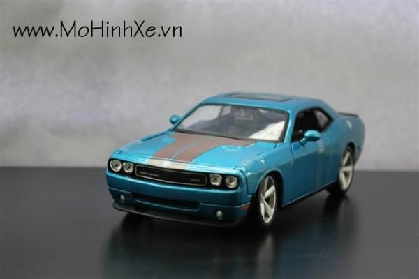 Dodge Challenger SRT8 1:24 Maisto