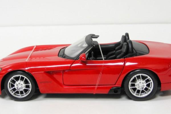 Dodge Viper SRT-10 2003 1:24 Maisto