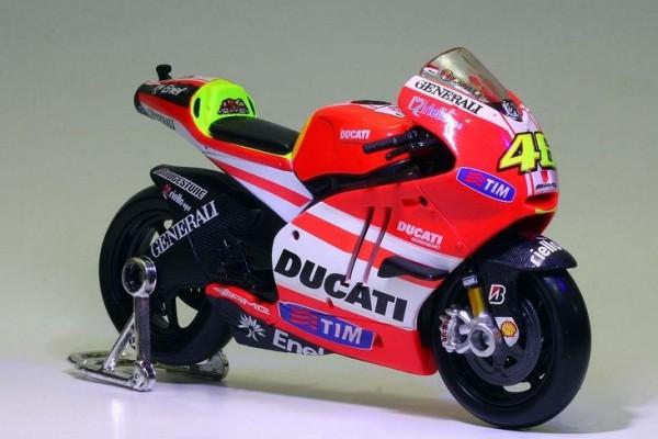 Ducati Desmosedici GP 11 No.46 1:10 Maisto