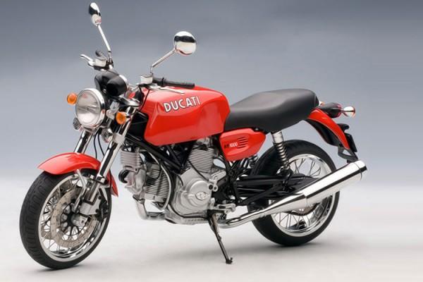 Ducati GT 1000 1:12 AUTOart