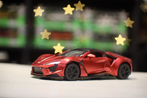 Fenyr SuperSport 1:32 TY Models