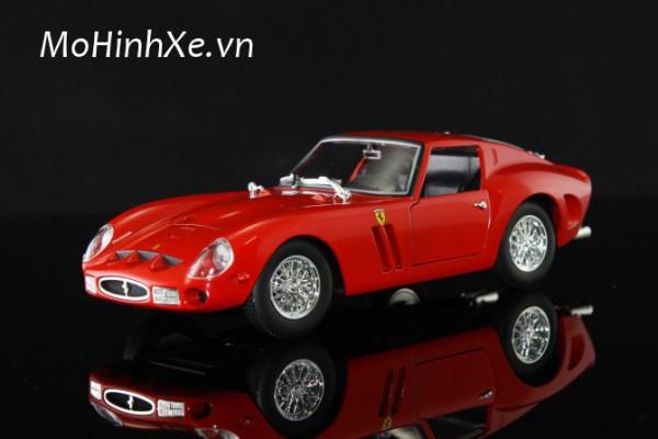 Ferrari 250 GTO 1:24 Bburago