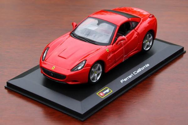Ferrari California 1:32 Bburago