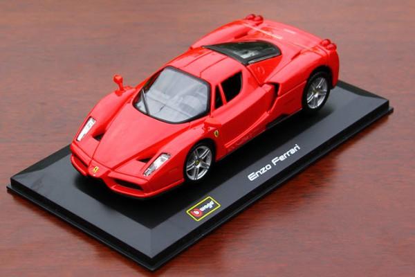 Ferrari Enzo 1:32 Bburago
