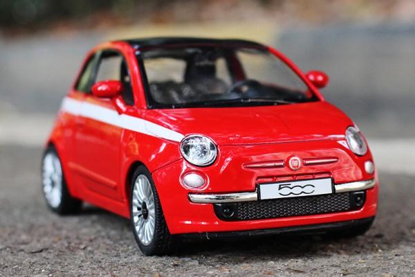 Fiat 500 1:36 RMZ City