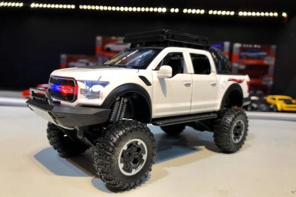 Ford F-150 Raptor Off-Road 1:32 TY Models
