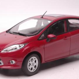 Ford Fiesta 1:18 Paudi