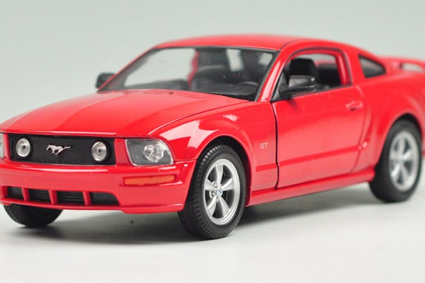 Ford Mustang GT 2005 1:24 Welly