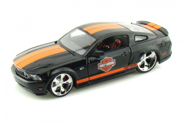 Ford Mustang GT 2011 1:24 Maisto