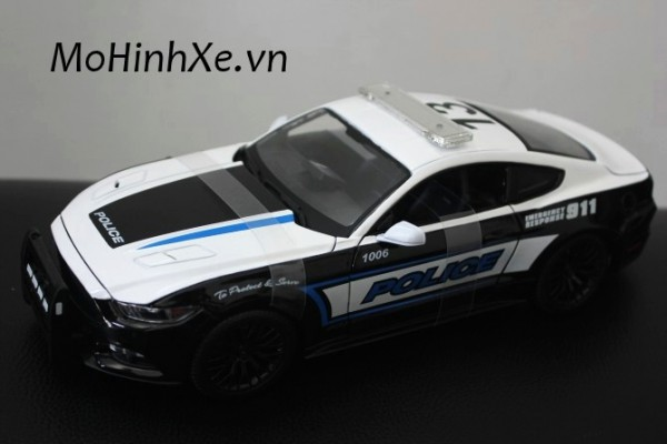 Ford Mustang GT Police 1:18 Maisto