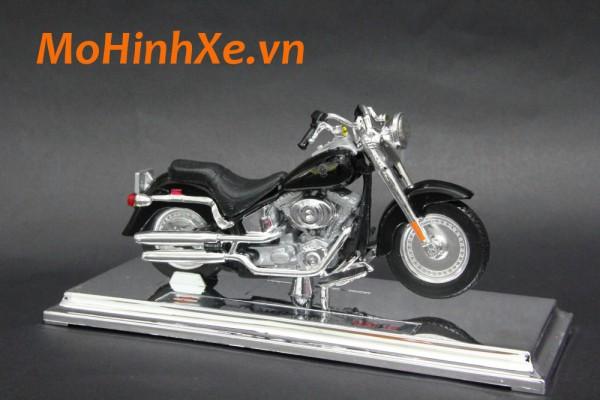Harley-Davidson FLSTFI Fat Boy 2004 1:18 Maisto
