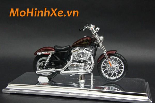 Harley-Davidson XL 1200V Seventy-Two 2012 1:18 Maisto